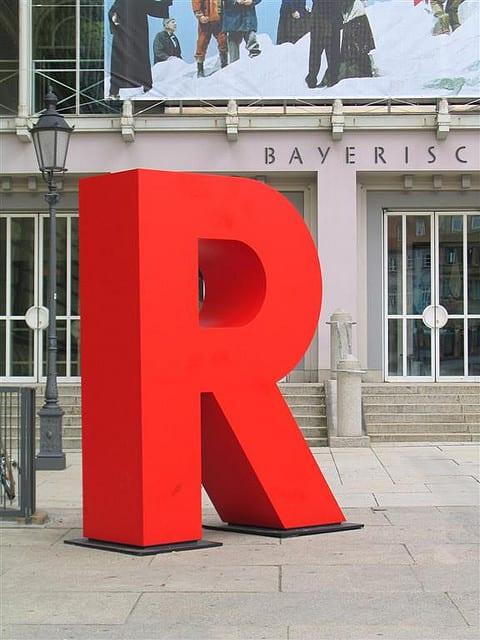 R Platform For Machine Learning